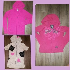 3 Women hoodies excelent 1 is EckoRed, all Small